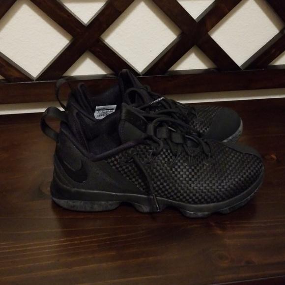 online retailer c8304 2c376  Nike LeBron 14 Low Triple Black